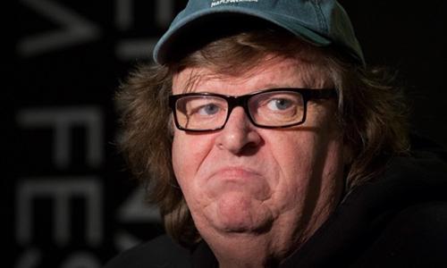 Qui a dit que Michael Moore est un clown ?