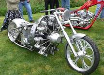 Vous frimez avec votre moto ?