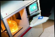 Le Sla 7000 en train de construire un objet en 3D