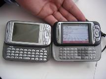 A gauche le Qtek 9100, à droite le TyTN