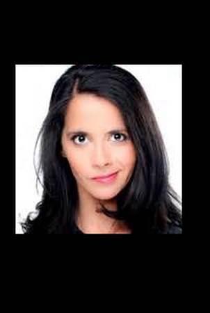 Sophia Aram décrype la diplomatie Fabusienne