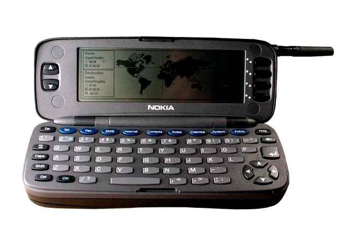 Nokia Communicator 9000 (1996)