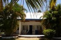 Une propriété au bord du lac Rasoabe, Madagascar, ça vous tenterait ?