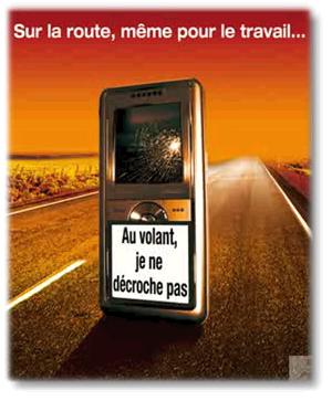 Les dangers du téléphone au volant