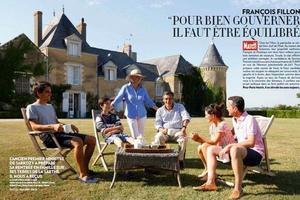 """Il faut un drone pour apprécier le modeste manoir des Fillon. Le """"manoir"""" étant la version LR du """"château""""."""