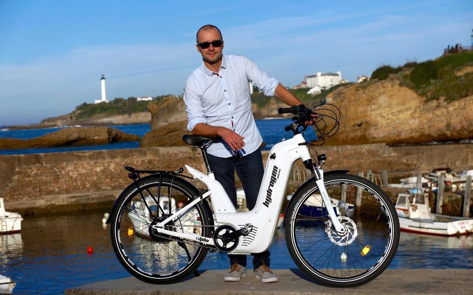 Le premier vélo qui carbure à l'hydrogène est français !