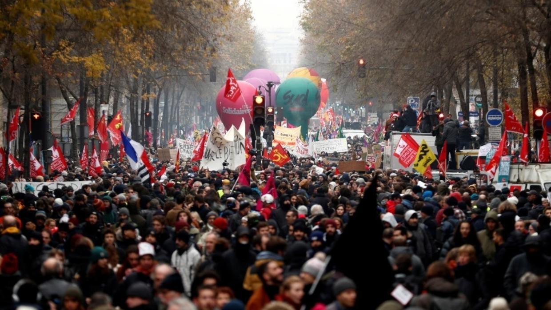 La France est en marche ! Mais contre Macron.