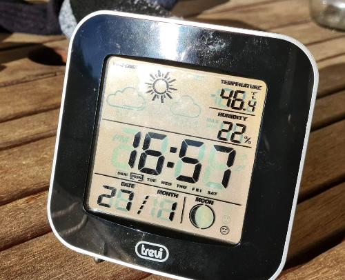 46,4° le 27 janvier dernier !  Ma terrasse est un vrai solarium, même en hiver, quand il n'y a pas de vent