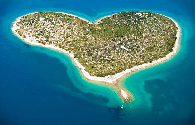 Une des 1185 îles de Croatie