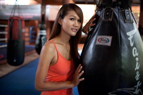 Le plus célèbre Katoey fut champion de boxe thaïlandaise !
