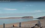 Si tant de gens sont morts en cherchant le passage du Nord Ouest c'est parce qu'à ce même endroit, il fallait franchir une mer de glaces ! Aujourd'hui, on se croirait aux Marquises